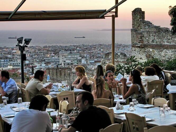 Κάστρα Θεσσαλονίκης Φαγητό